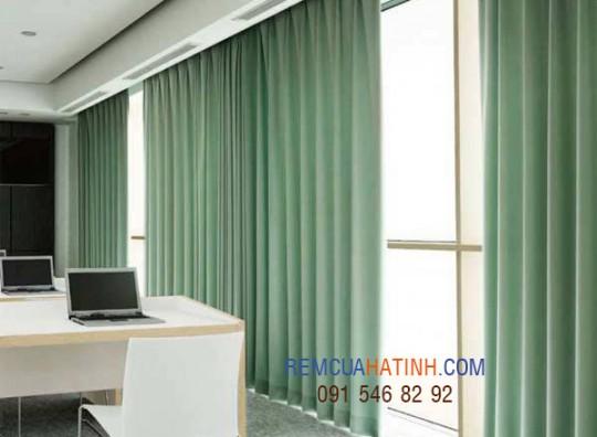 Rèm vải cửa sổ văn phòng tại Hà Tĩnh